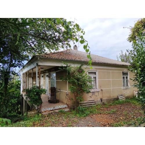 Продажа земельного участка с небольшим домом недалеко от Батуми