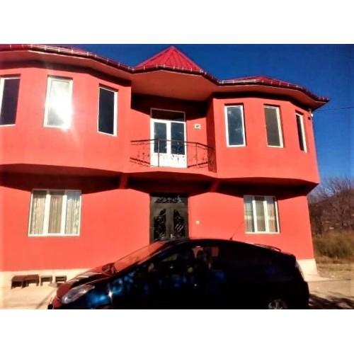 Продажа 2 этажного дома в Батуми