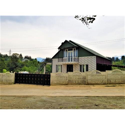 Продается дом с большим участком у водопада недалеко от Батуми