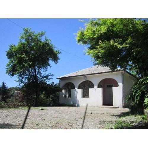 Продажа земельного участка с домом с видом море и город Батуми.